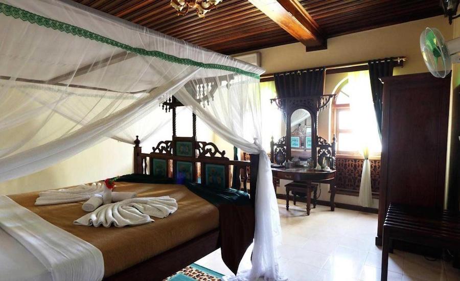 Tanzania safari Tausi Palace værelser