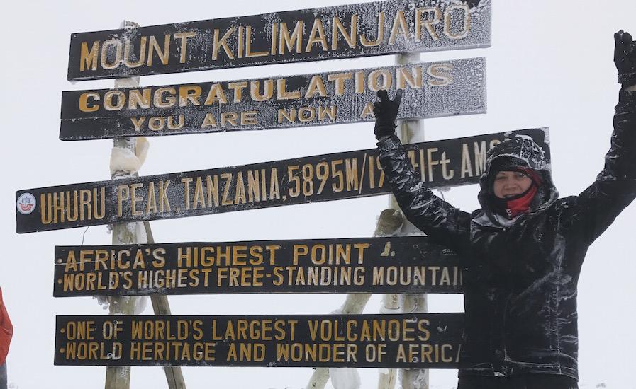 Tanzania Zanzibar safari rejse ngorongoro kilimanjaro på toppen