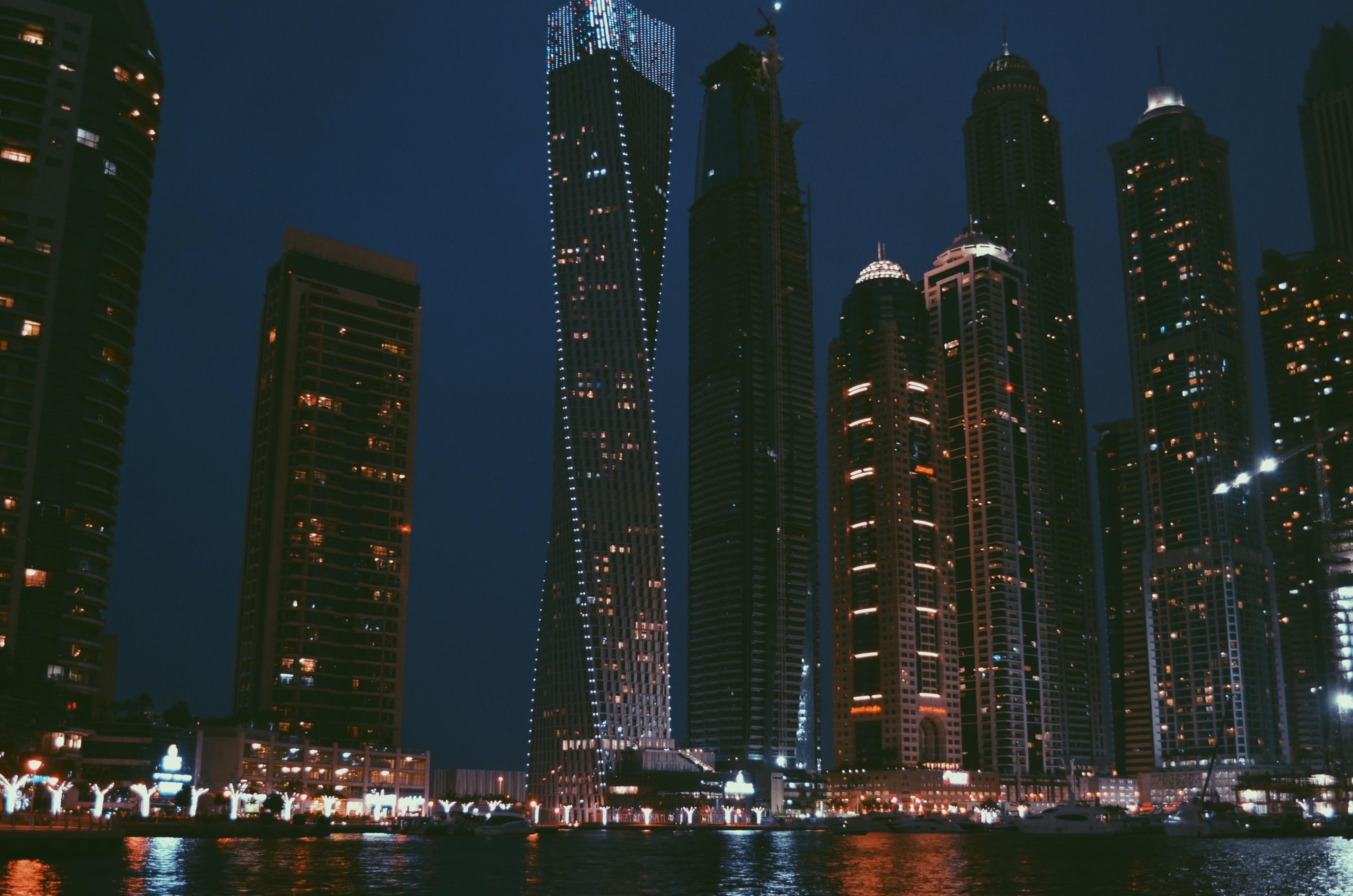 Dubai rejse younes