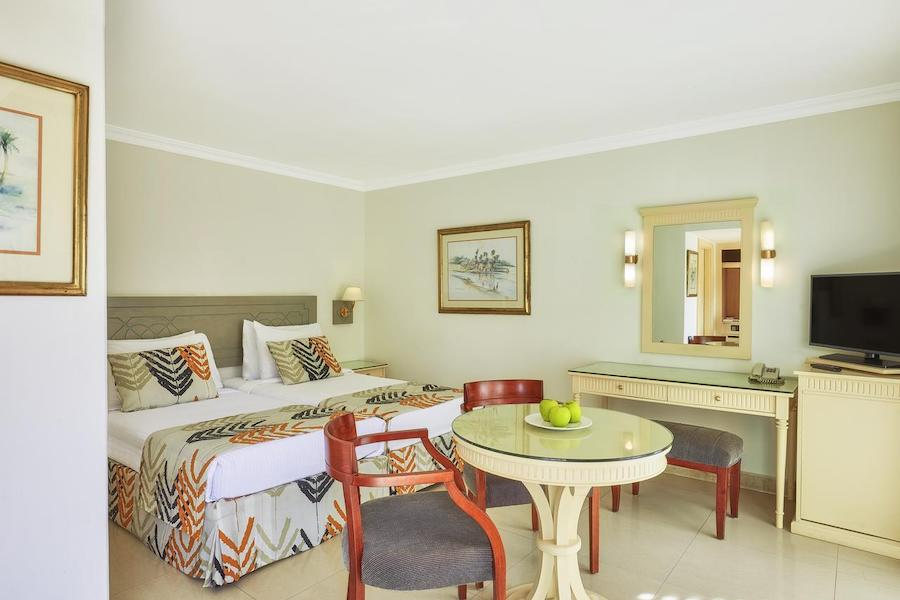 Cairo_Pyramids_Hotel_dbl room
