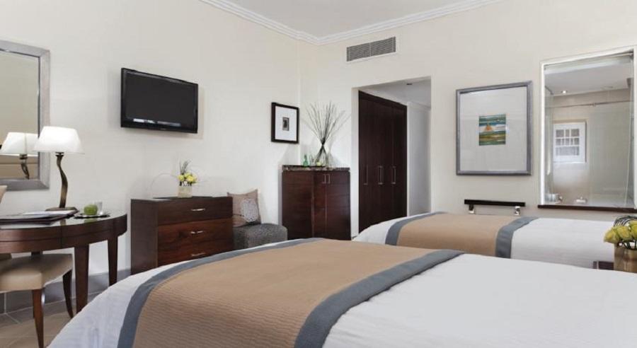 Steinenberger Hotel Cairo Pyramids_bedroom