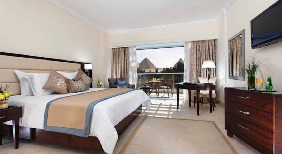 Steinenberger Hotel Cairo Pyramids_bedroom1