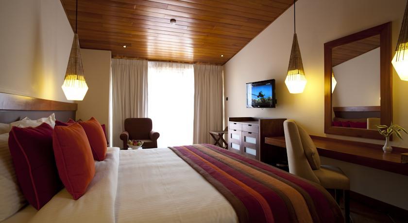 Cinnamon Citadel Kandy Sri Lanka_dbl room