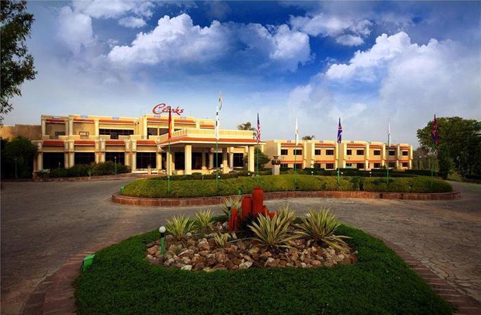 Khajuraho  - Hotel Clarks