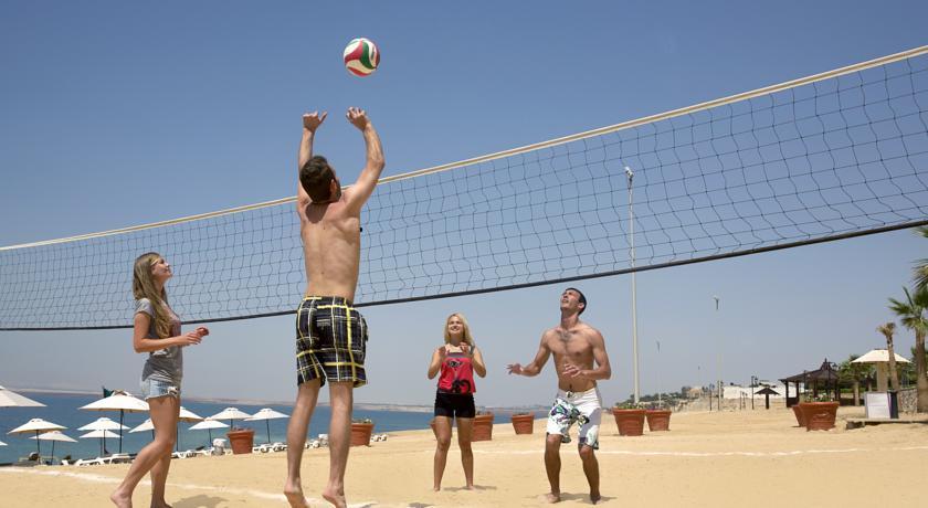 crowne plazz jordan dead sea resort spa aktiv rejser til jordan dead sea younes rejser