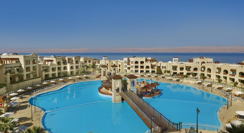 Crown Plaza Dead Sea pool Jordan rejser til jordan dead sea rejs med younes rejser