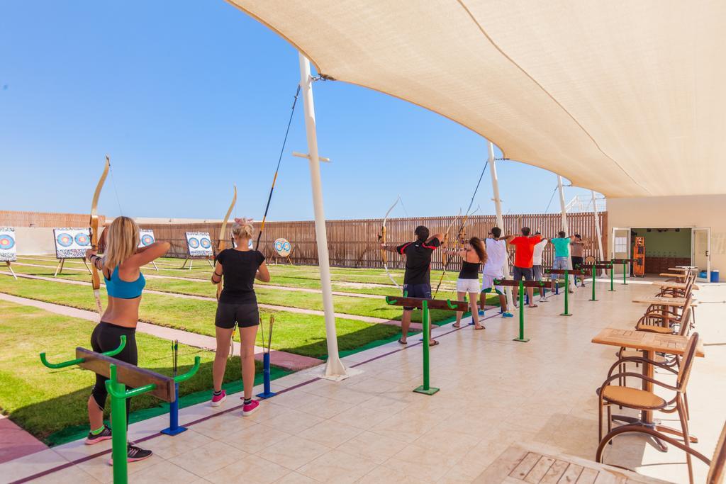 Cleopatra Luxury Resort sports aktiv ferie hurghada egypten rejs med younes rejser