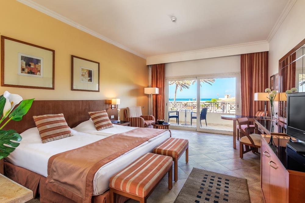 Cleopatra Luxury Resort standard room hurghada egypten rejs med younes rejser