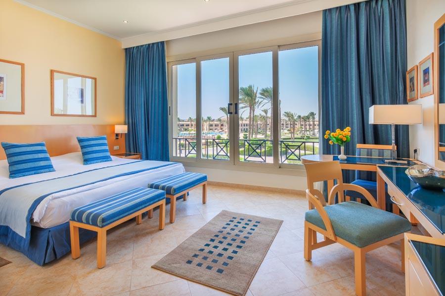 Cleopatra luxury resort room hurghada egypten rejser til younes rejser