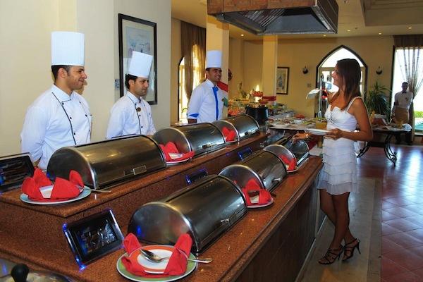 Royal Grand Sharm Resort buffet sharm el sheik egypten rejs med younes rejser