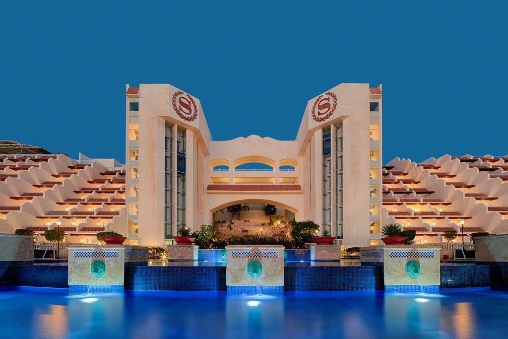 Sheraton Sharm Hotel facadespa badeferie sharm el sheik egypten rejs med younes rejser