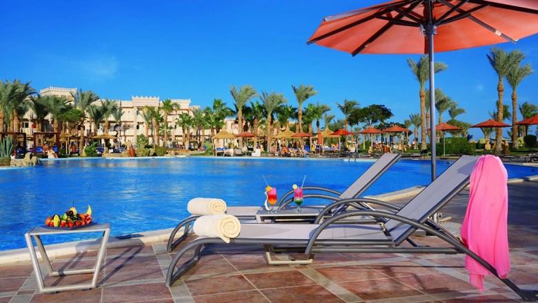 Albatros Palace poolside hurghada egypten rejser til younes rejser