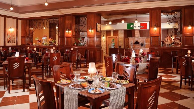 Albatros Palace Restaurant hurghada egypten rejser til younes rejser