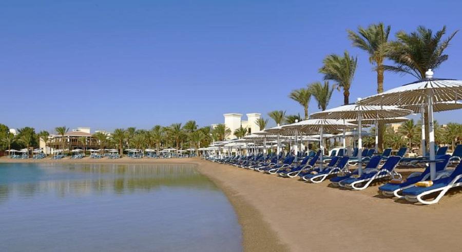 Hilton-Hurghada-Resort_beach