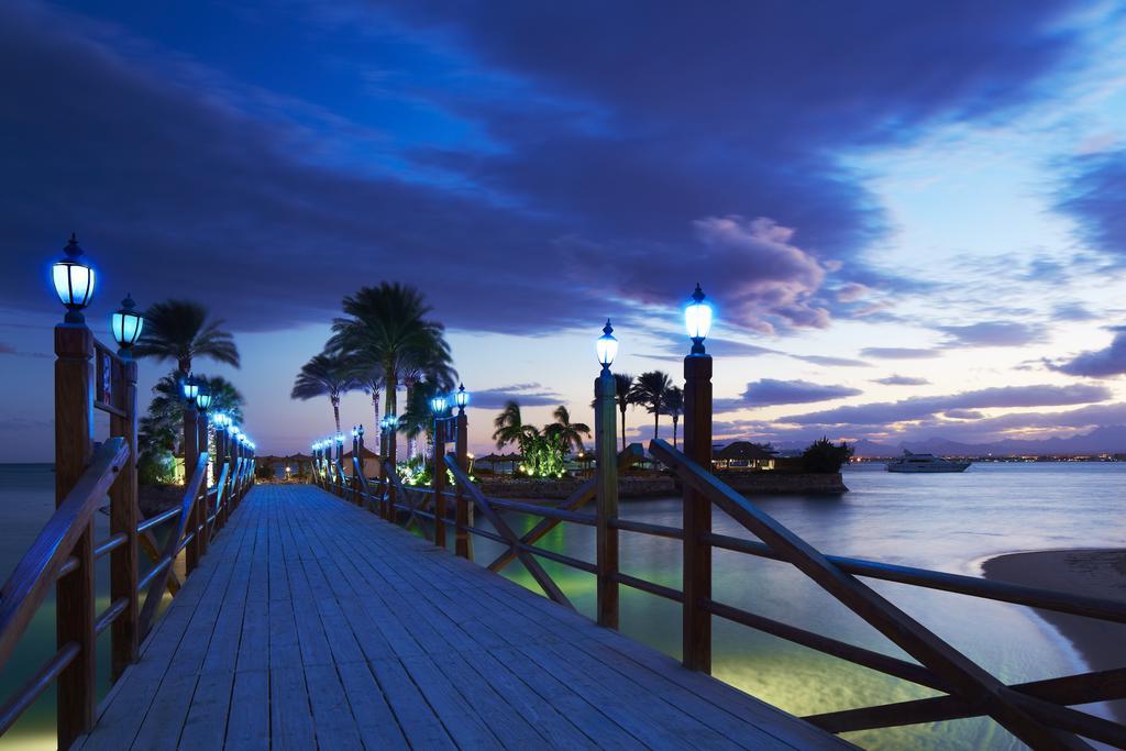 Marriott Red Sea Beach Resort Hurghada bridge