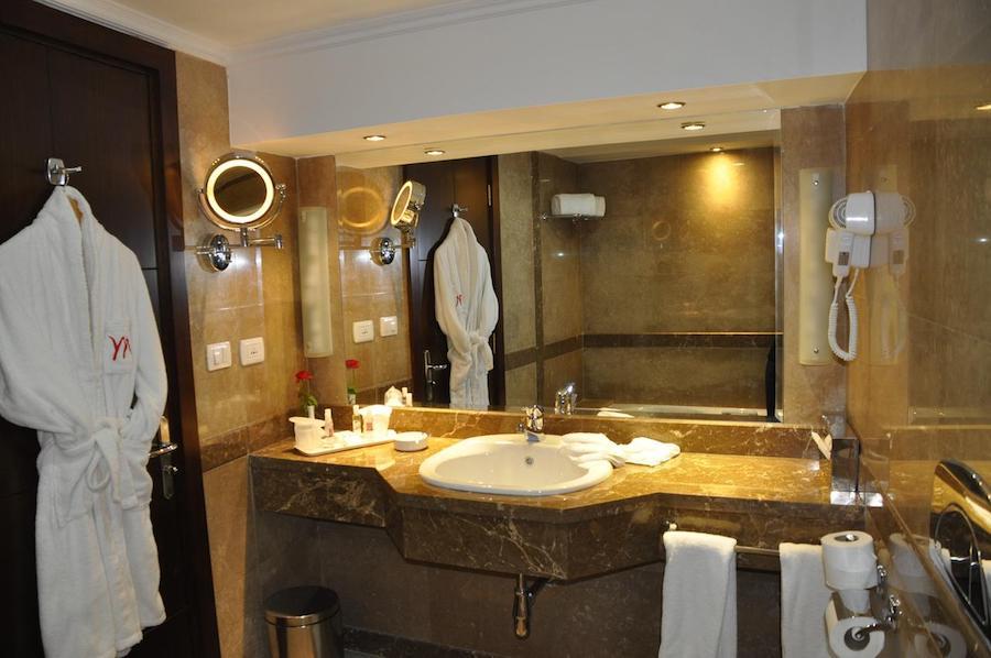 Egypten rejse Eatabe_Luxor-bathroom