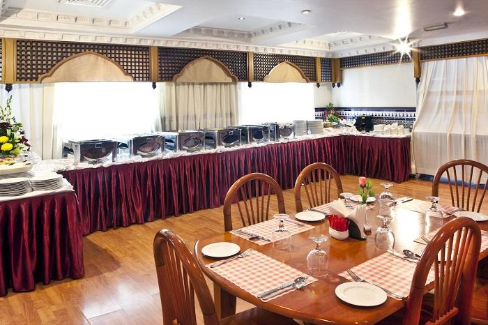 Landmark Plaza Hotel Dubai restaurant