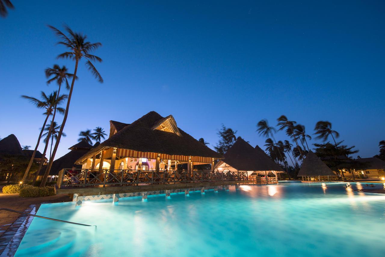 Zanzibar - Neptune Pwani Beaa, nord-Øst kystench Resort & Sp