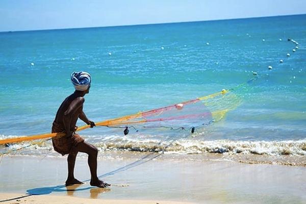 fisker_Pasikudah_Sri_Lanka_YounesRejser