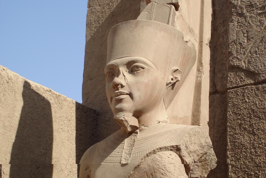 Unge Tut Ank Amon Luxor Younes Rejer