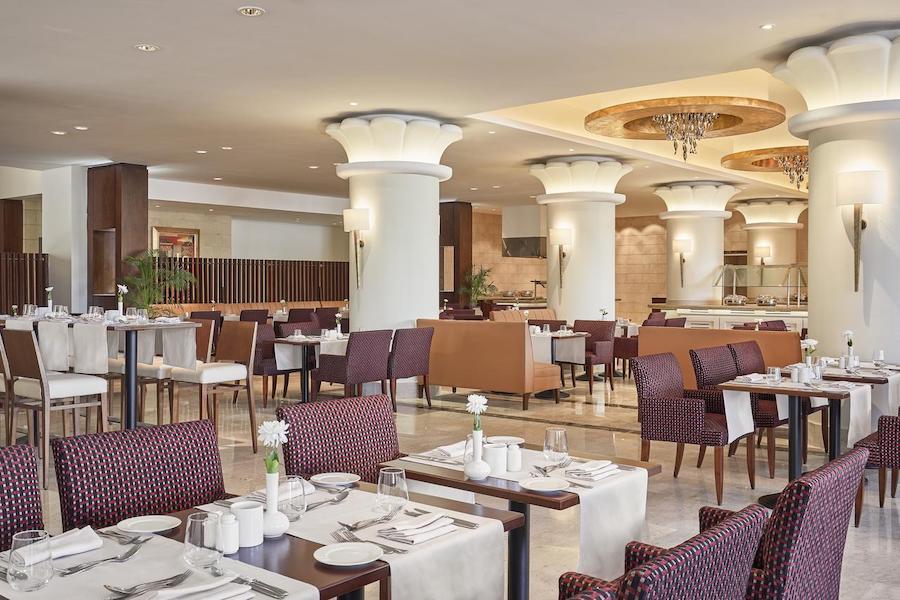 restaurant_Cairo_Pyramids_Steinenberger