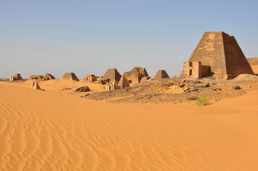 Sudan - pyramider Younes Rejser