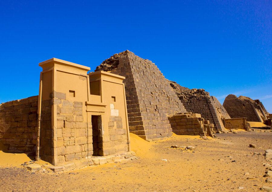 Sudan - temple - Younes Rejser
